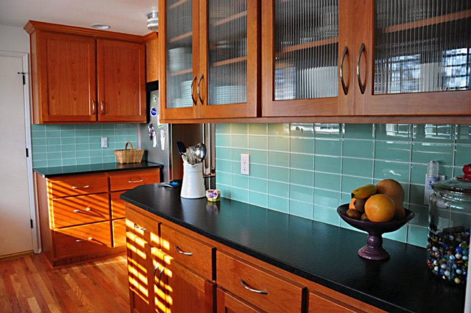 Turquoise tile backsplash