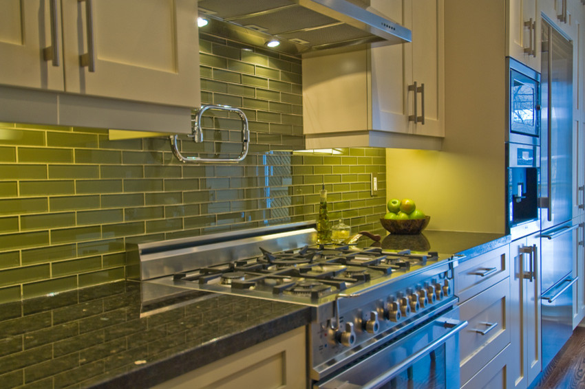 Tile backsplashes kitchen